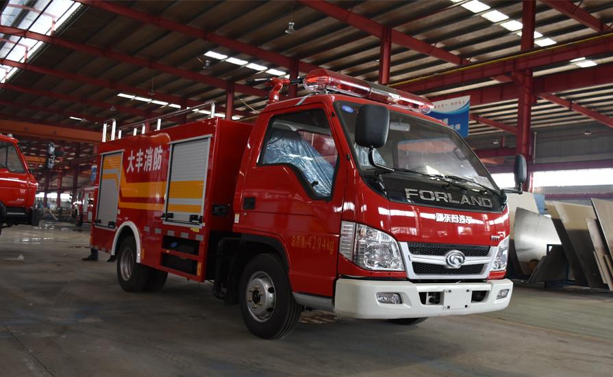 乡镇、企业和消防部门购买消防车有哪里不同?