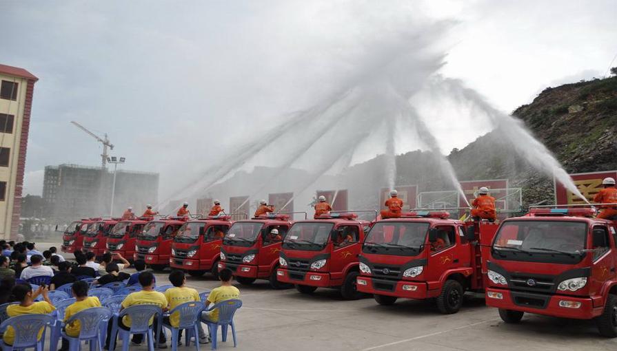 新东日专汽为大家讲解简易消防车和消防车的区别?