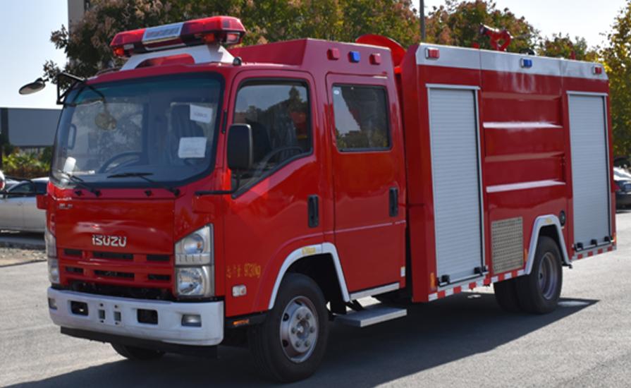 泡沫消防车发动机的水箱如果出现漏水现象怎么解决呢