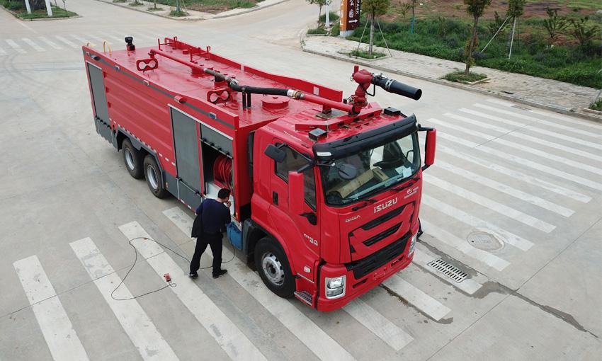 消防车与消防洒水车要怎么区分?