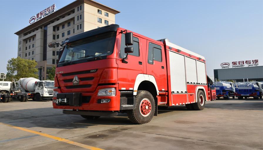 消防车的卷帘门有哪些开启方式?