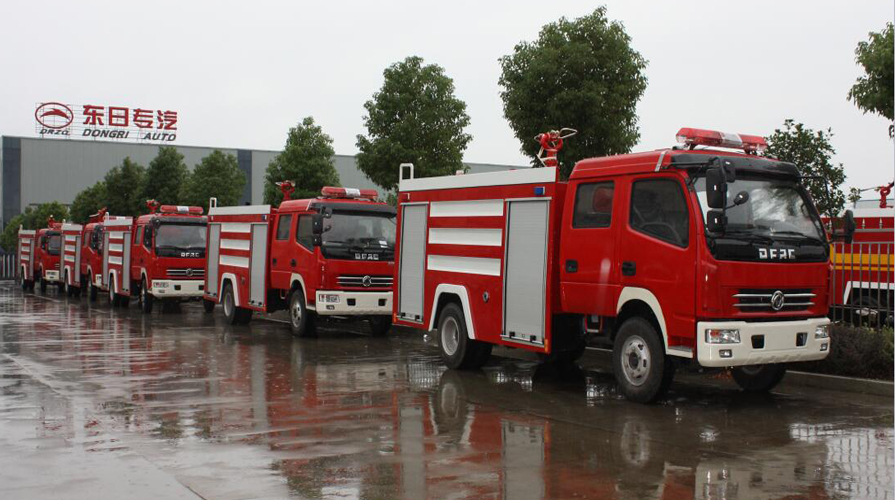 消防车在危急情况下如何用好手刹制动和减档制动?