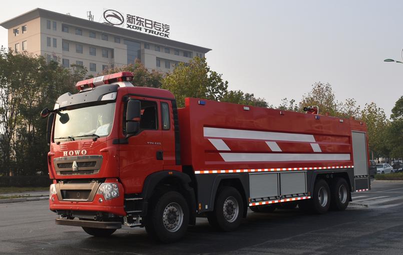 消防车厂家新东日专汽来说说消防车冬天如何做好检查防护工作
